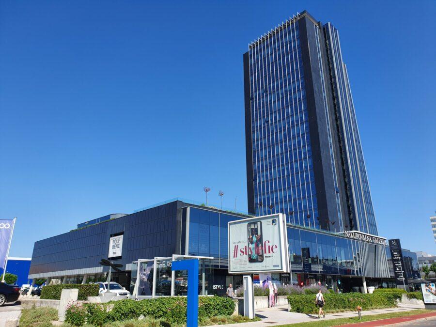 BTC - pisarne / prostor za storitve v 1. nadstropju Nakupovalne galerije Kristalne palače